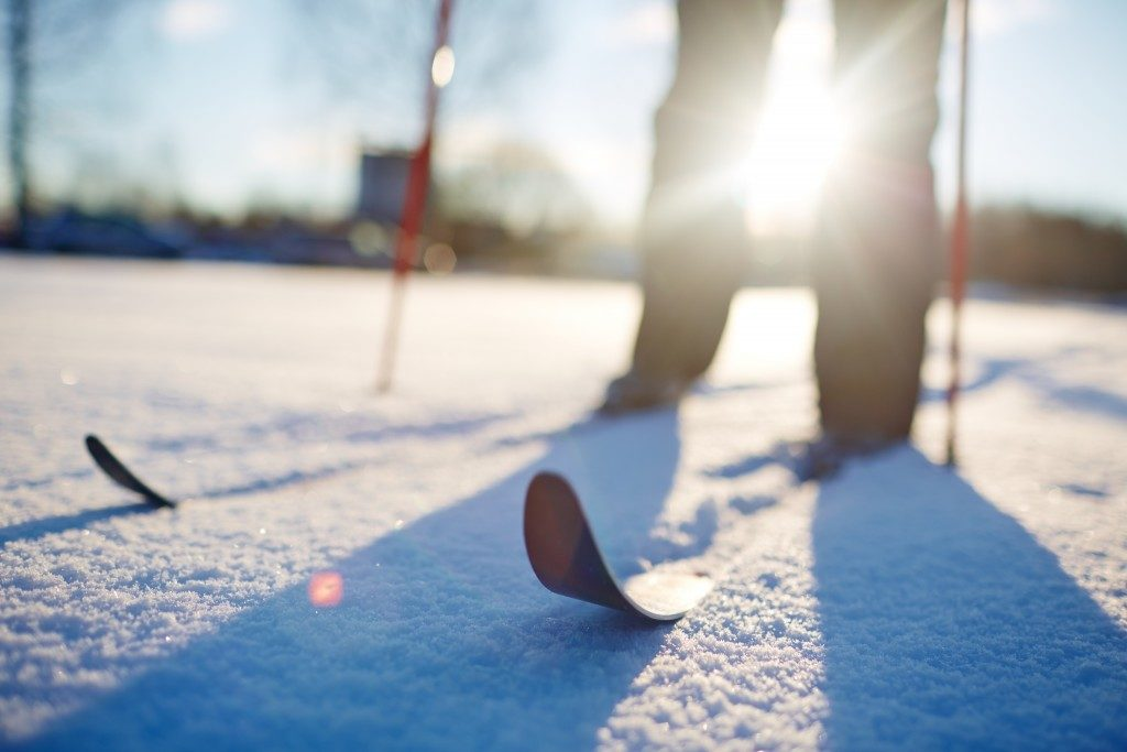 closeup of skis