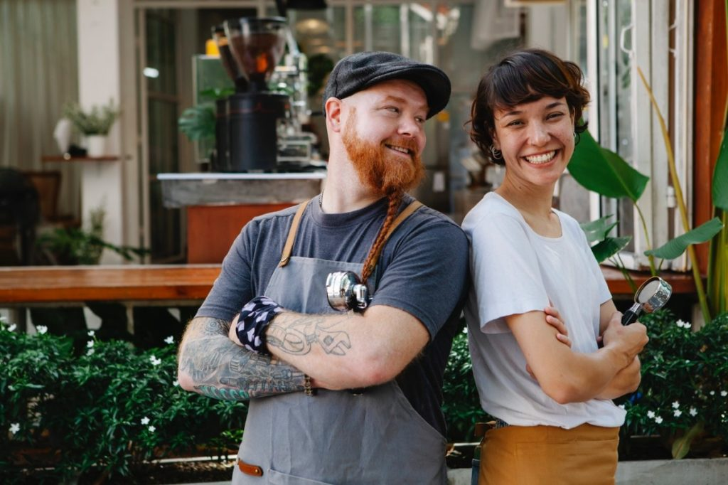 café employees